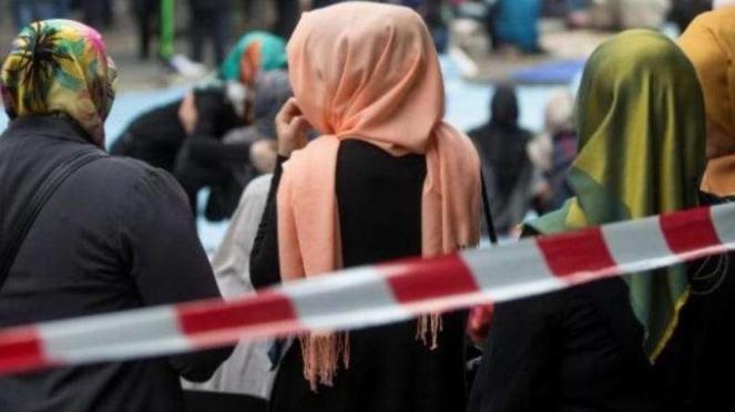 Muslimah di Eropa.