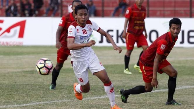 Pertandingan Persiba Bantul vs Persis Solo dalam lanjutan Liga 2