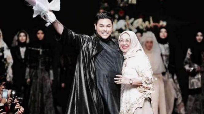 Ivan Gunawan Desain Dua Label Baju Muslim Beda Genre Viva