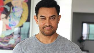 Aamir Khan Tanggapi Kabar Bagi-bagi Tepung Berisi Uang Rp3 Juta