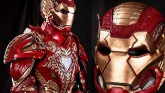 Seragam Iron Man.