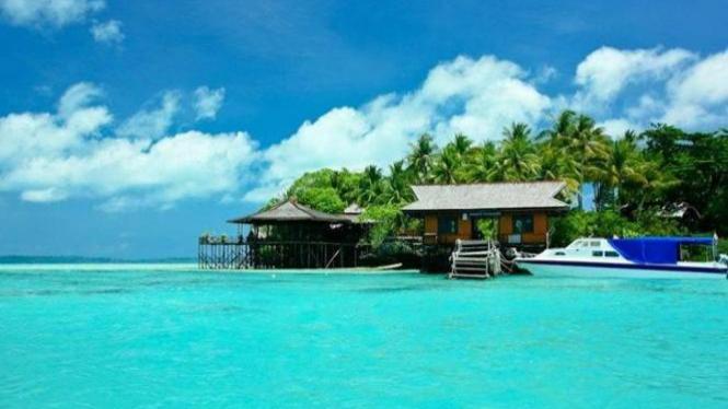 Pulau Derawan, Kalimantan Timur.