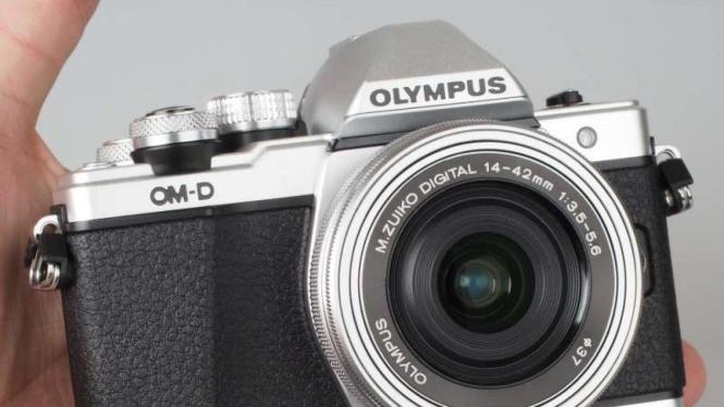 Kamera mirrorless Olympus OMD E-M10 Mark II