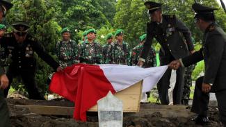 Pemakaman prajurit TNI yang gugur. (Foto ilustrasi).