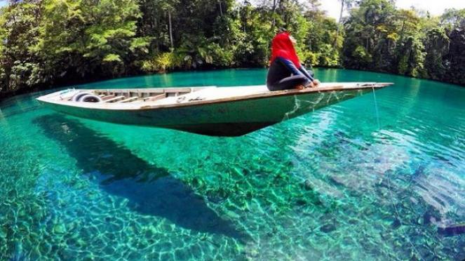 Danau Labuan Cermin (foto: pergiyuk.com)