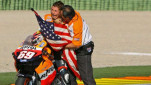 https://thumb.viva.co.id/media/frontend/thumbs3/2017/05/23/5923a7d09761a-nicky-hayden-di-ajang-balapan-motogp_151_85.jpg