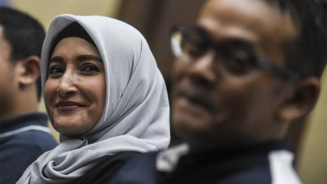 Suami Inneke Koesherawati DIvonis 2 Tahun Penjara
