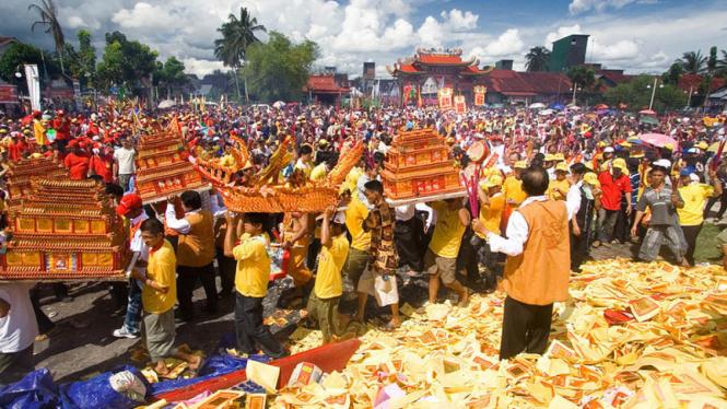Festival Bakar Tongkang  /flickr