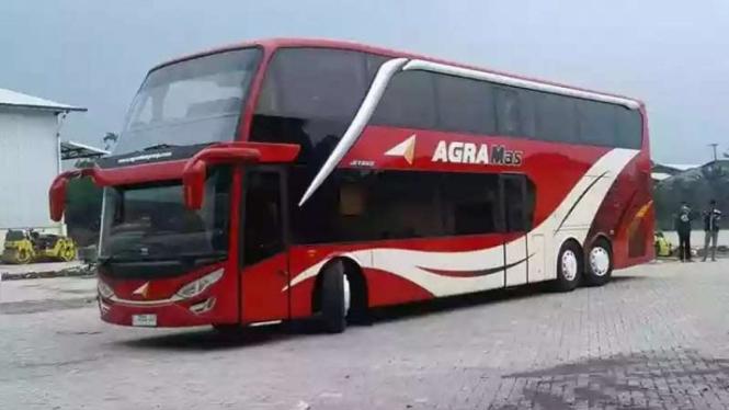 Bus double decker Agra Mas.