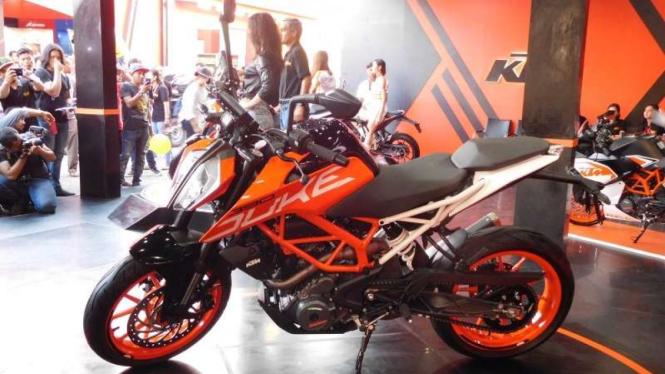 KTM Duke 390 diluncurkan di Jakarta Fair, Kamis 8 Juni 2017.