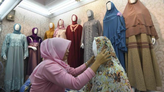 Penjualan Busana Muslim Meningkat Menjelang Lebaran