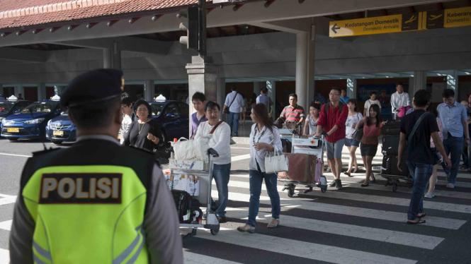 Ilustrasi-Pengamanan Bandara Ngurah Rai Bali