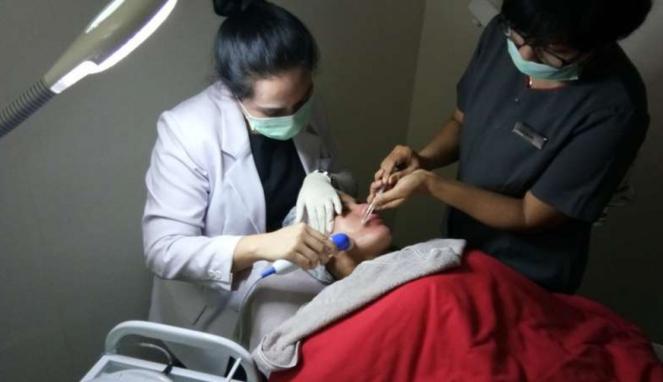 Tindakan Interdermal Botox Facial Therapy di Klinik Euroskinlab Iskandarsyah