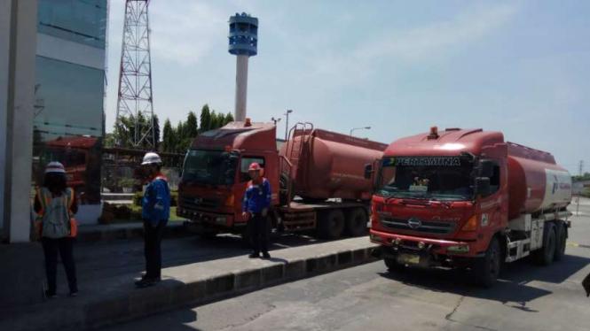 Ilustrasi truk tangki Pertamina.