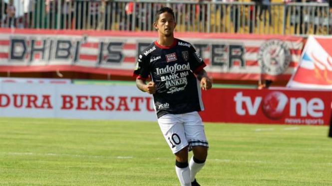 Penyerang Bali United, Irfan Bachdim