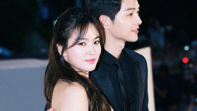Pasangan Song Hye Kyo dan Song Joong Ki.