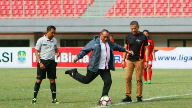 Ketua Umum PSSI, Edy Rahmayadi membuka secara resmi Liga 1 U-19