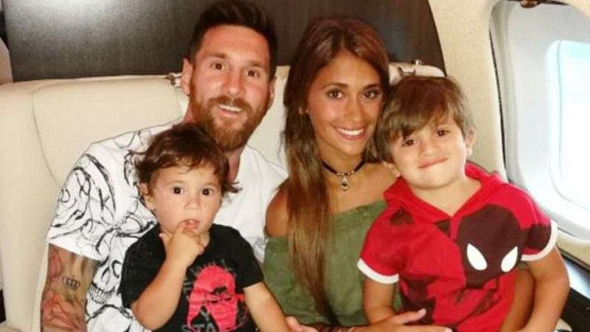 Lionel Messi pulang bulan madu
