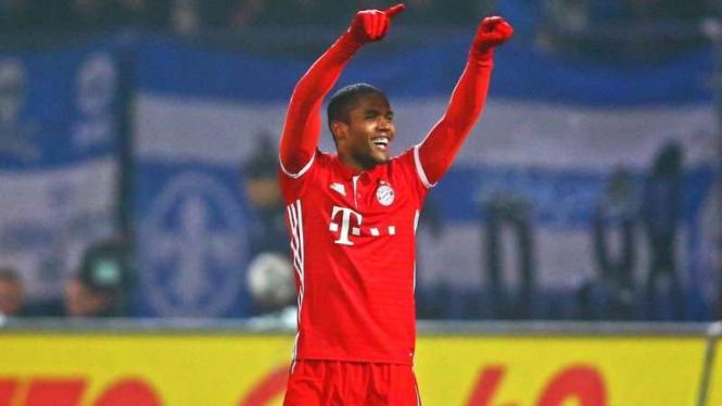 Douglas Costa kembali ke Bayern Munich