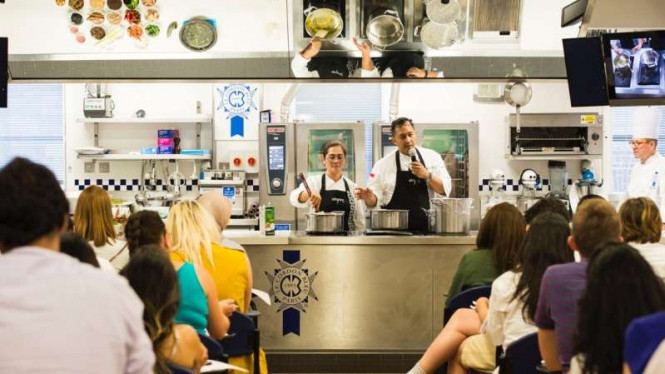 Chef Degan Septoadji mempresentasikan kuliner Indonesia pertama kali di London