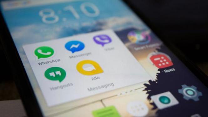 Ilustrasi aplikasi  di ponsel pintar.