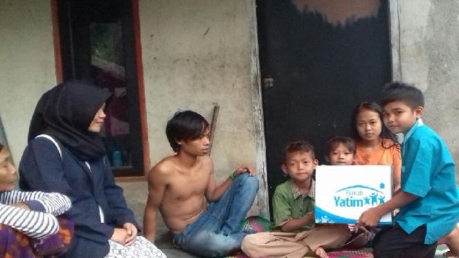 Bantuan untuk Siti dan adik-adiknya.
