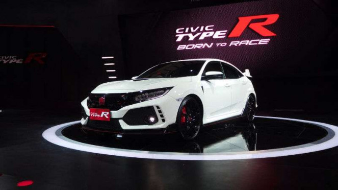 Honda Civic Type R dipamerkan di GIIAS 2017.