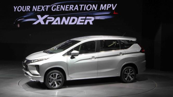 sorot mobil kel - Mitsubishi Xpander