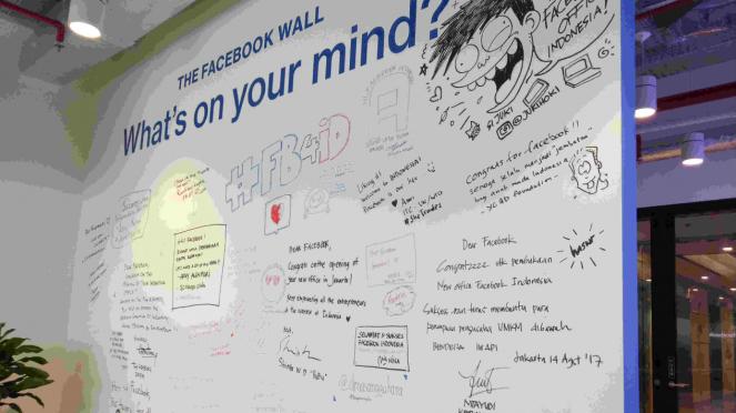 sorot facebook - Kantor Facebook Indonesia, di Gedung Capital Place Lantai 49, Gatot Subroto, Jakarta Selatan.