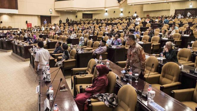 10 Tatib DPD yang Baru, Senator Kini Punya Kewenangan Atur ...