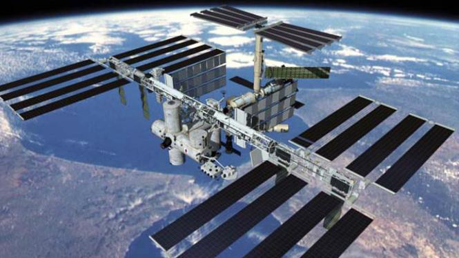 Stasiun Antariksa Internasional atau ISS.