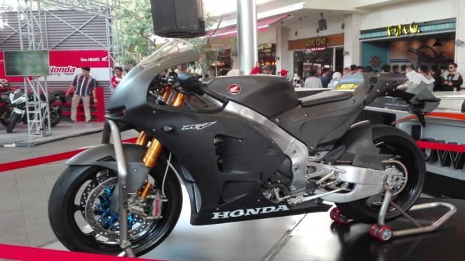 Big bike Honda RC213V-S