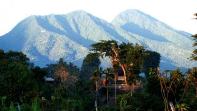 Gunung di Bali.