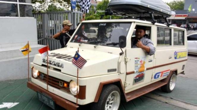 Toyota Kijang jadul