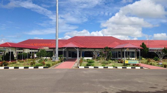 Bandara HAS Hanandjoedin Tanjung Pandan /rifqiikhsan.blogspot.com