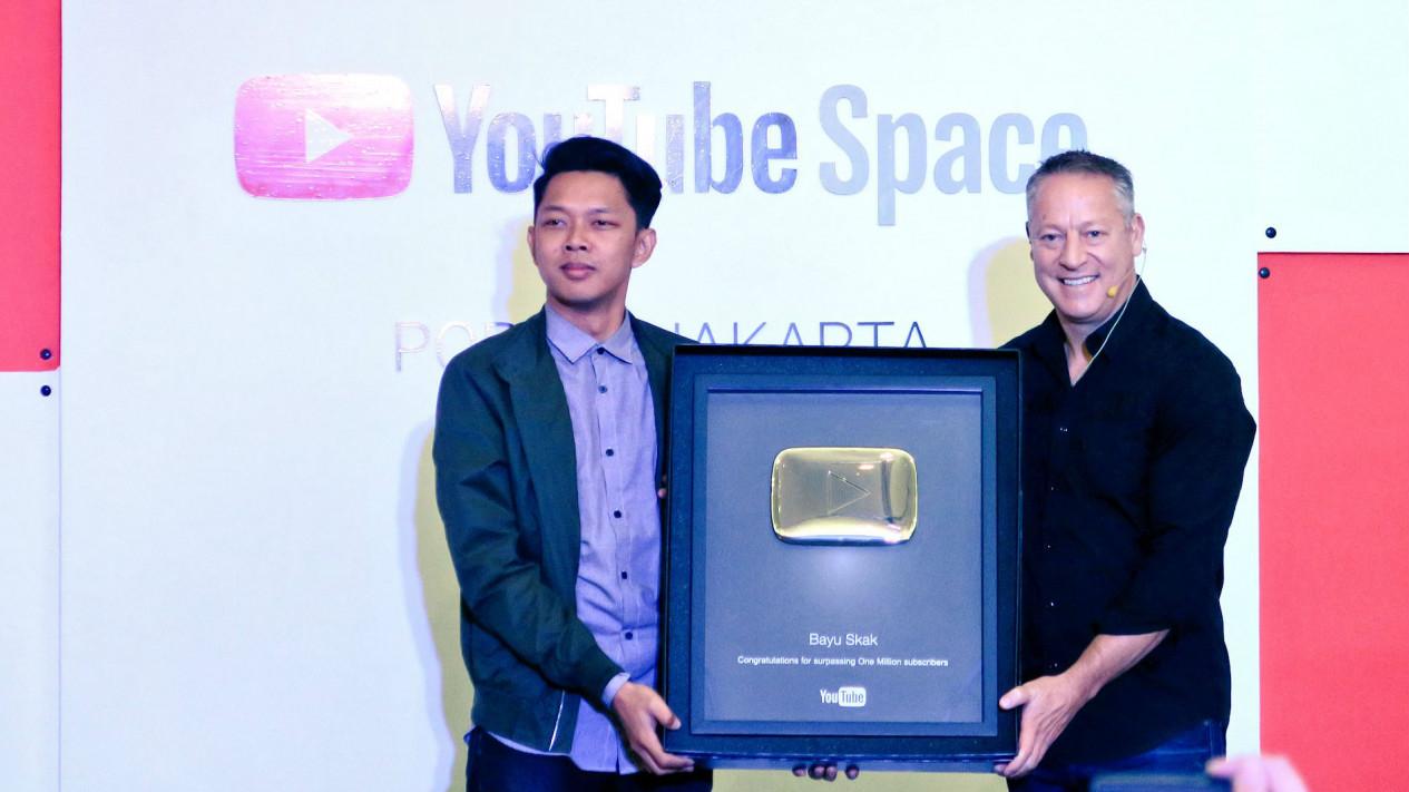 YouTuber Golden Play Button, Bayu Skak