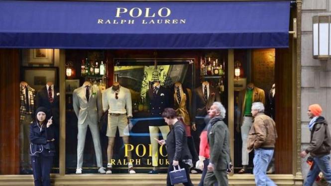 Suasana toko Polo Ralph Lauren di Fifith Avenue, New York, sebelum ditutup.