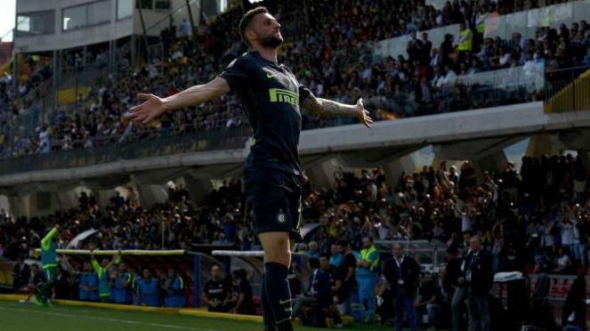 Gelandang Inter Milan, Marcelo Brozovic