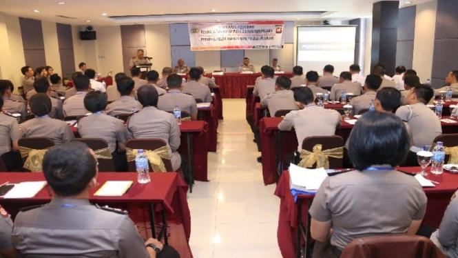 Pelatihan Humas Kepolisian Daerah Kalimantan Barat.