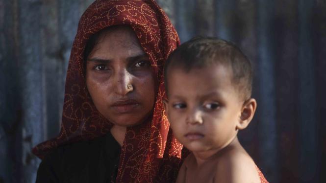 Mau Dideportasi Massal India, Ribuan Warga Rohingya Lari Ke Bangladesh