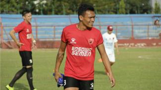 Ferdinand Sinaga saat berlatih bersama PSM Makassar.