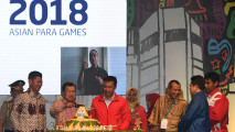 https://thumb.viva.co.id/media/frontend/thumbs3/2017/10/06/59d78ae06cad6-hitung-mundur-asian-para-games_213_120.jpg