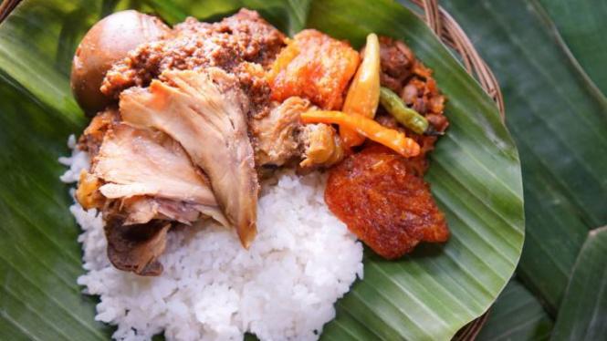 5 Tempat Makan Gudeg Paling Enak Di Jogja Viva
