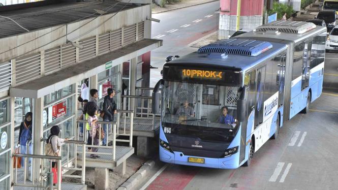 Mulai Senin Ada Transjakarta Ragunan Monas Via Antasari Viva