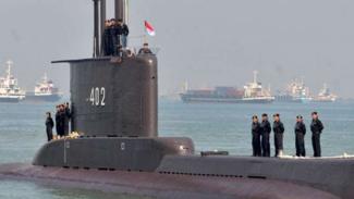 Kapal Selam Nenggala TNI-AL.