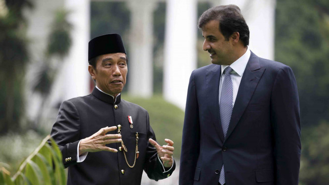 Presiden Jokowi ajak tamunya, Emir Qatar, tanam pohon dan Keliling Istana Bogor beberapa waktu lalu.