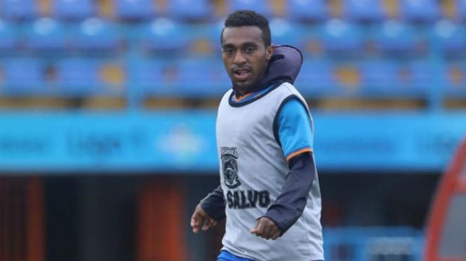 Pemain Borneo FC, Terens Owang Puhiri.