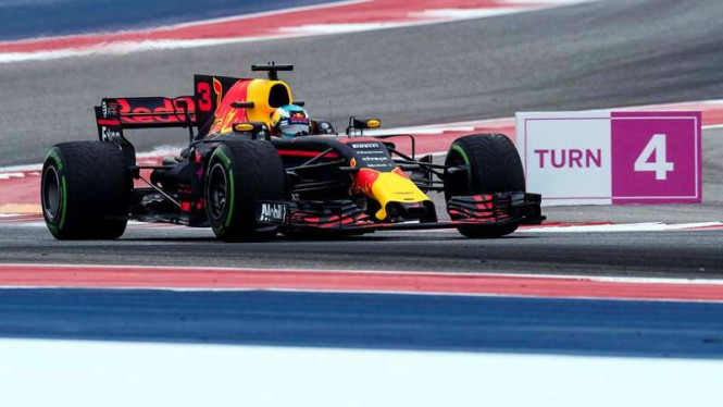 Pembalap Tim Red Bull, Daniel Ricciardo