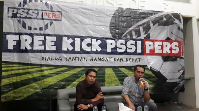 COO PT Liga Indonesia, Tigor Shalomboboy dan Exco PSSI, Yunus Nusi