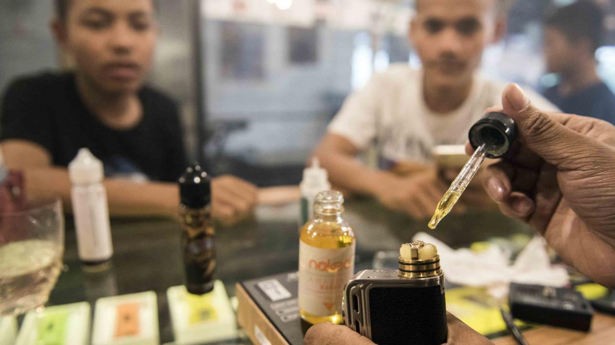 Cukai Cairan Rokok Elektronik atau Liquid Vape.